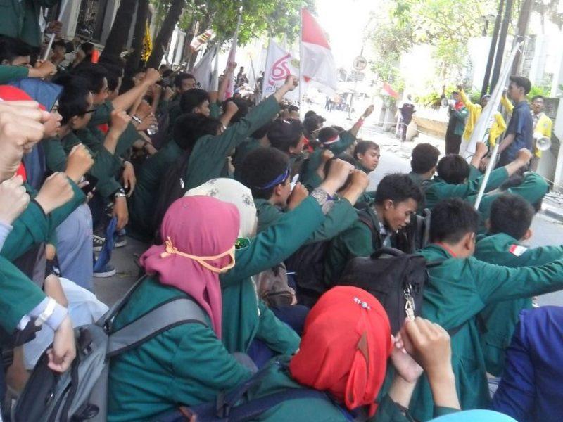 Aksi mahasiswa UNJ