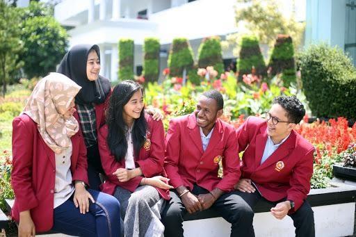 Segarnya Suasana Kampus Putih - Berita   Universitas Muhammadiyah Malang